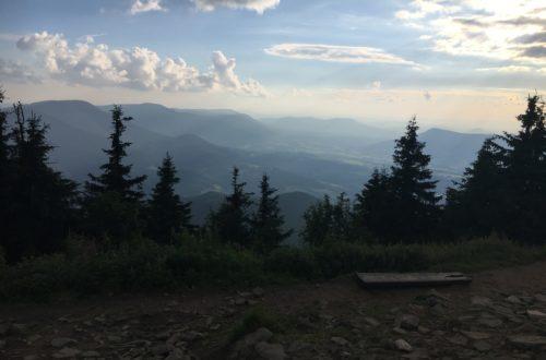 Beskydy z vrcholu Lysé hory