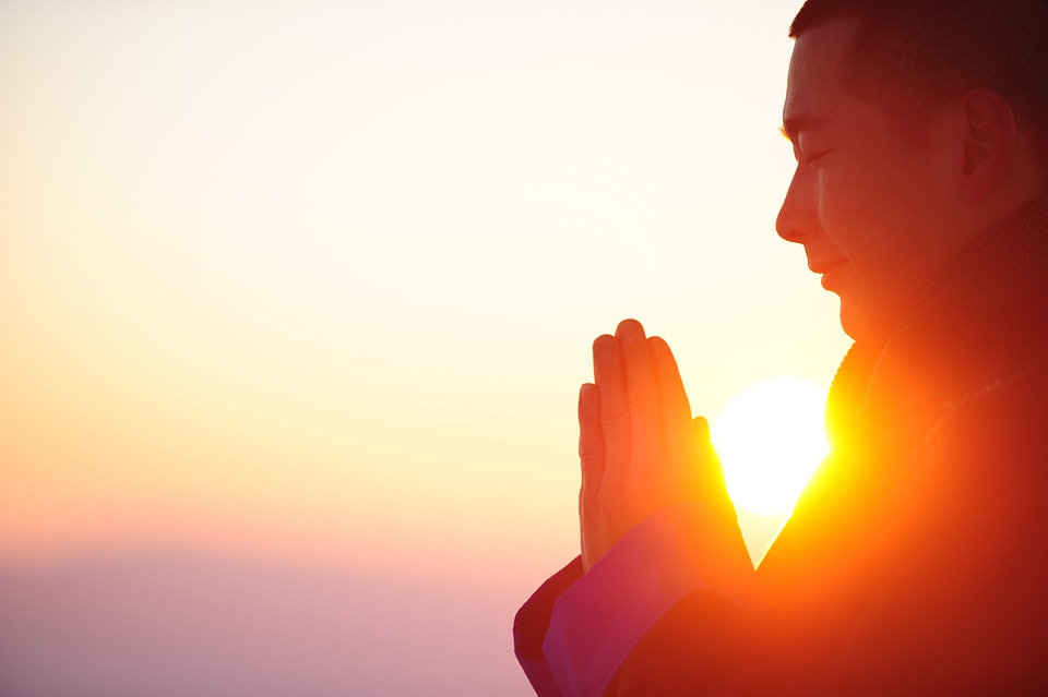 Tipy pro úspěšnou meditaci pro začátečníky. Uklidněte svou mysl